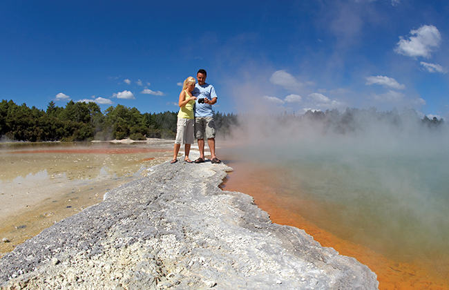 Top-New-Zealand-Attractions-rotorua.jpg