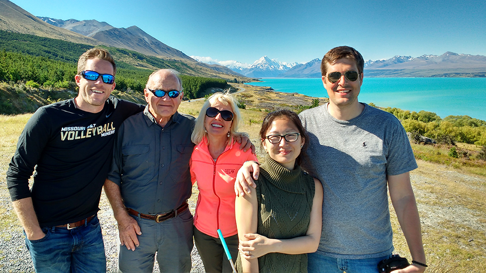 Mum, Dad and grown up kids travel photo, Mt Cook & Lake Pukaki