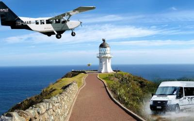 Cape Reinga Northland, Aeroplane landing over a lighthouse
