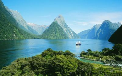 Scenic boat cruise on beautiful Milford Sound