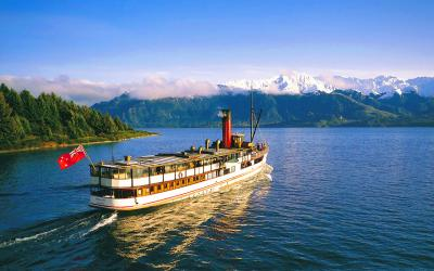 TSS Earnslaw Steamship Cruise ride with a scenic view, Queenstown