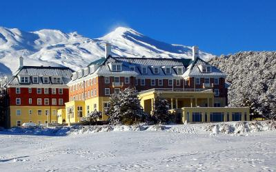 Chateau Tongariro Winter Kiwi Tour