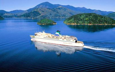 Cruise ferry across Cook Strait, 3 week itinerary