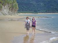 Small Group New Zealand Tours Beach Stroll