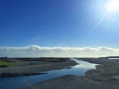 Big blue sky, Haast River