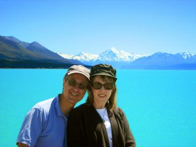Tour past Lake Pukaki on the way to Mt Cook
