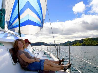 Relaxing on the yacht on Lake Rotoiti - MoaTrek