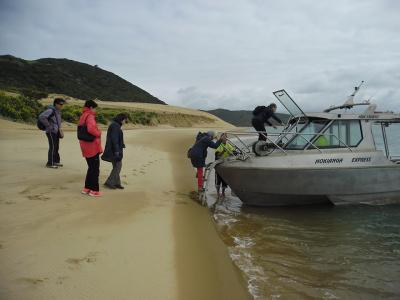 Small Group New Zealand Tours Water Taxi