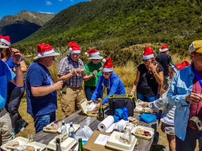 Christmas lunch in New Zealands southern alps