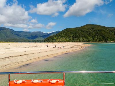Views of the coastline from Abel Tasman water taxi