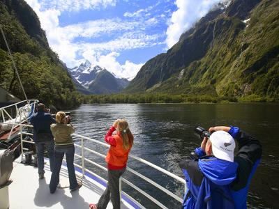Photos from the front of the Milford Sound cruise boat - MoaTrek