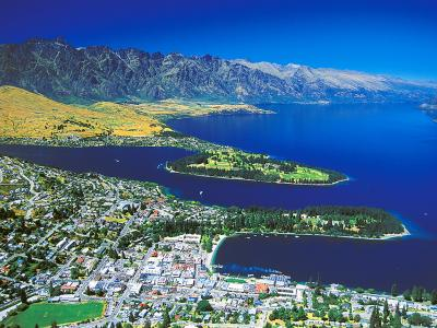 Aerial photo of Queenstown, Lake Wakatipu and the Remarkable mountains