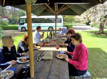 Outdoor lunch at Akaunui Homestead - Wining Dining New Zealand